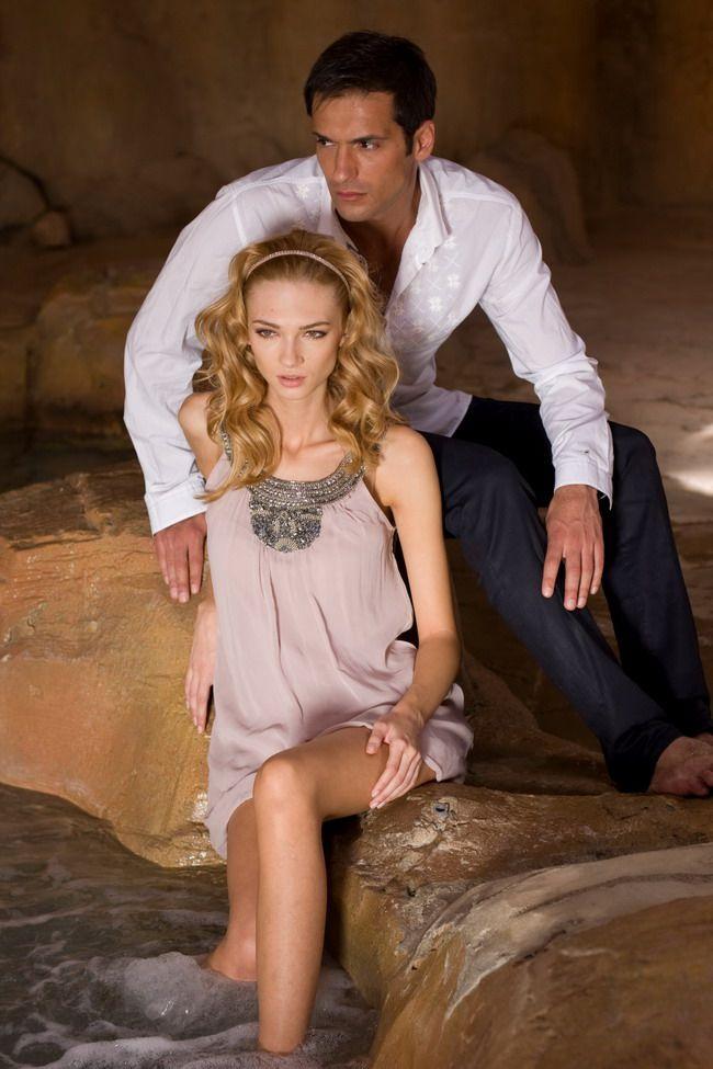 Ea este iubita lui Radu Valcan, in cel mai recent proiect MediaPro Pictures pentru Acasa - www.perfecte.ro
