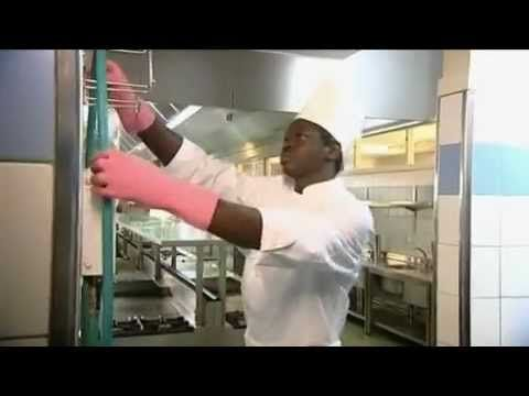 (1) Best Practice in cleaning and desinfecting stainless steel commercial food equipment - YouTube