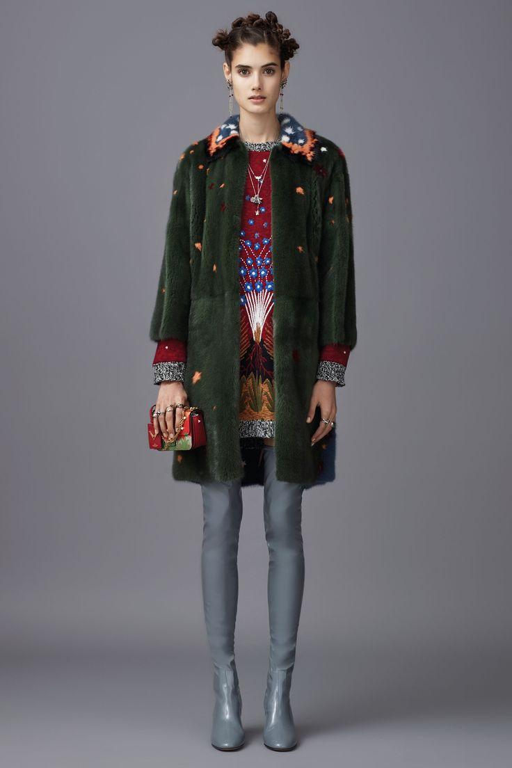Valentino Pre-Fall 2016 Collection Photos - Vogue