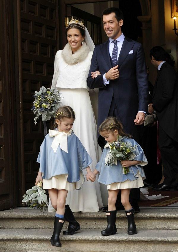 Así ha sido el vestido de novia de invierno de Leticia Herrero y Pardo y Mar Álvarez Cassinello
