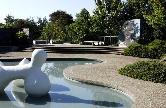 American Modernist Garden – Hamilton Gardens