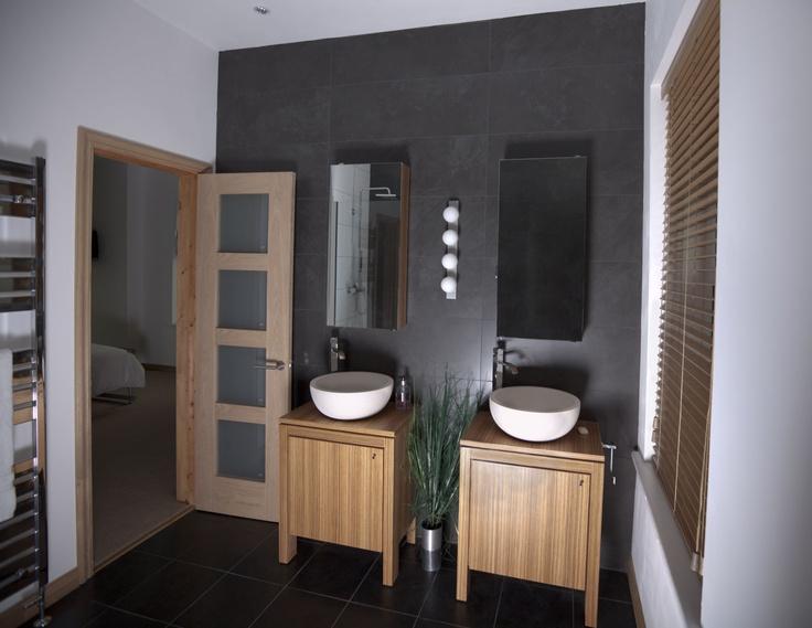 Stone inspired bathroom - Limestone