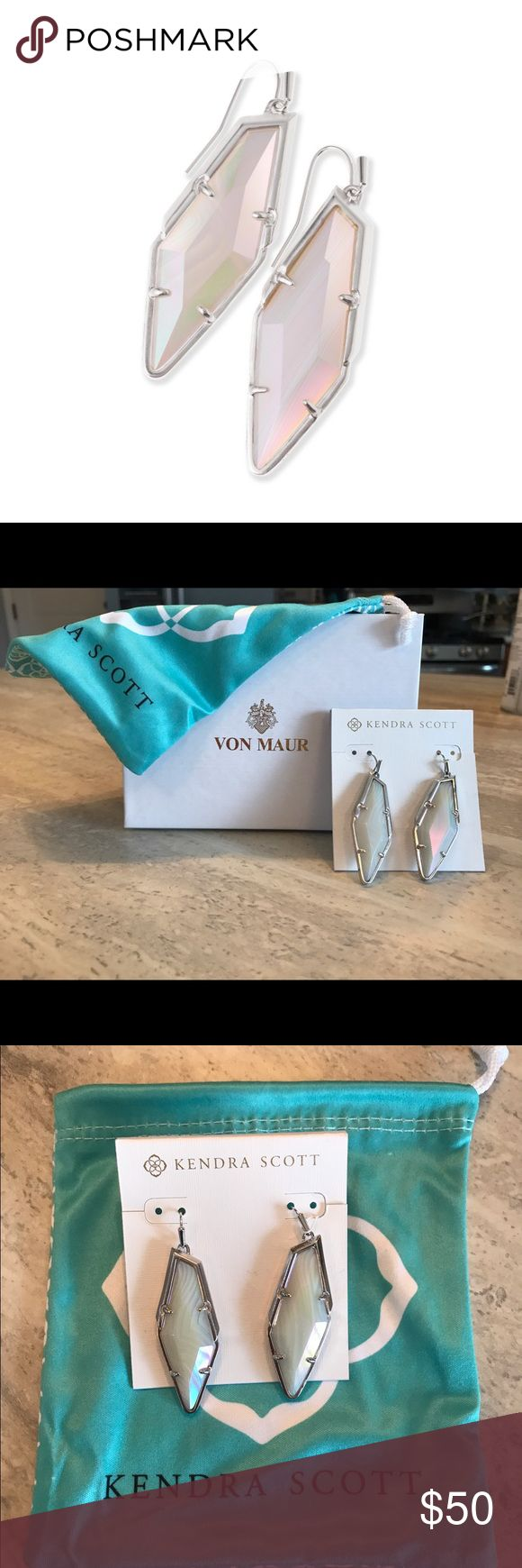 Authentic Kendra Scott Earrings Bexley Drop Earrings In Iridescent White Banded Agate. I purchased these stunning earrings at Von Maur and they have never been worn. Kendra Scott jewelry bag included. Jewelry Earrings