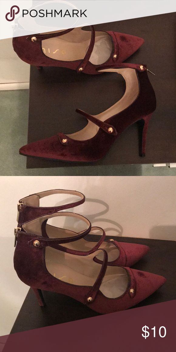 Unisa Maroon pumps size 9.5 These Unisa maroon pumps, were purchased from DSW. They have been worn once to a wedding and are in perfect condition. They are a size 9.5 and have a 3 inch heel. Smoke free and pet free home! Unisa Shoes Heels