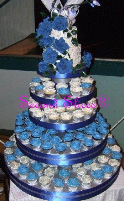 cupcake wedding cakeWedding Cake Cupcakes, Royal Blue Wedding, Wedding Cakes, Cupcakes Edmonton, Birthday Cake, Cupcakes Towers, Blue Cupcakes Wedding Cake, Cupcakes Rosa-Choqu, Royal Wedding Cake