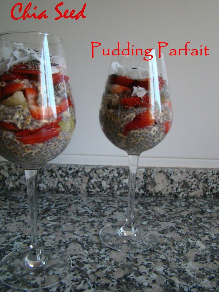 Chia Seed Pudding Parfait | booksandlavender.com