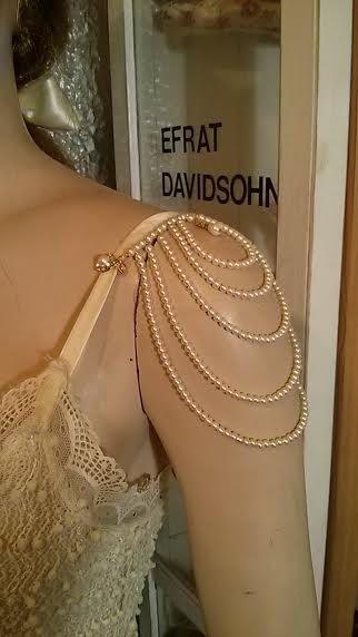 Este es el diseño ORIGINAL del collar para los hombros y charreteras.    * Nota *** en la mayoría de los casos, te recomiendo a coser los extremos