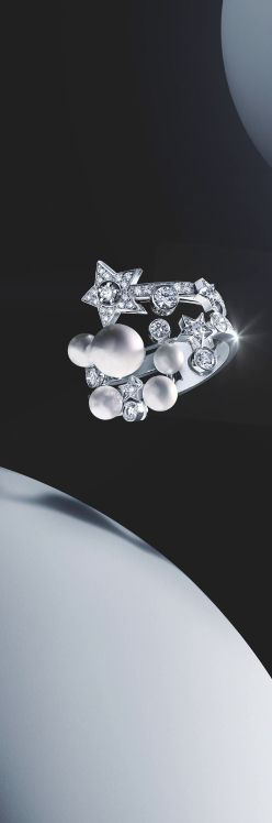 PEARLFECION / Comète Ring in 18K white gold, cultured pearls and diamonds - CHANEL