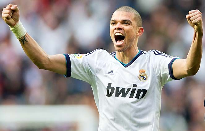 Pepe signed a contract extension with Real Madrid until the summer of 2017. #FootballNews