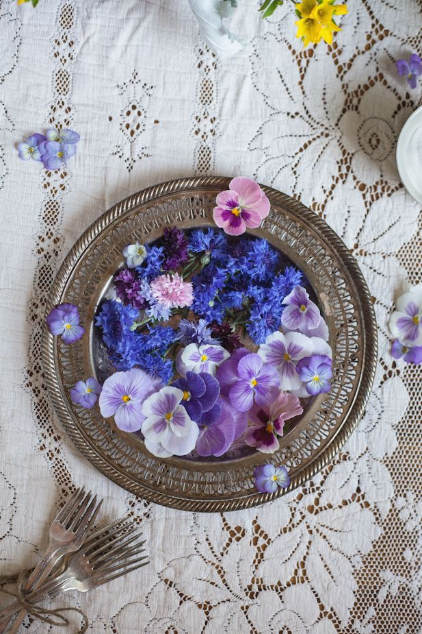 pretty edible flowers
