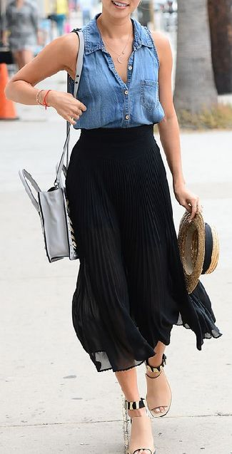 Love the denim shirt and the midi skirt combination. the shoes, the hat and the bag...not so much