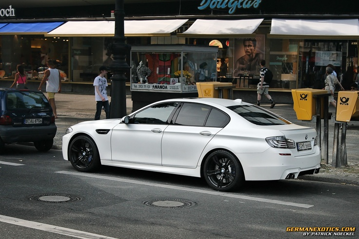 A matte white BMW Series 5 GT. The back is just lovely, isn't it? Just seen one today on the road — it's about as tall as the regular Series 5, but it looks way more massive. Anyway, enjoy your new favorite car.