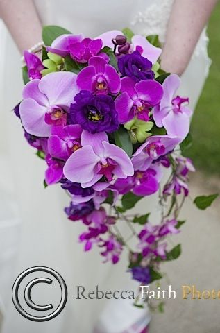 Orchids feature in this wired teardrop bouquet www.sororidesign.co.uk