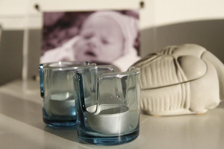 tv-room: candleholders found on fleemarket* heart shirne by tove adman* photoframe ikea*