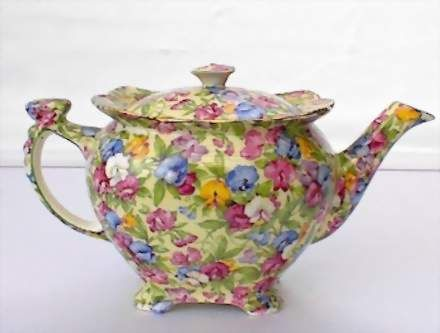 Royal Winton Sweet Pea Chintz Teapot | Care of Antique China