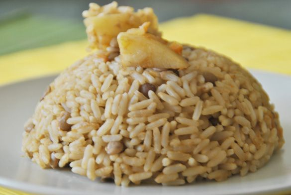 Arroz con lentejas --> I really love this rice with lentils, and it`s so easy to prepare