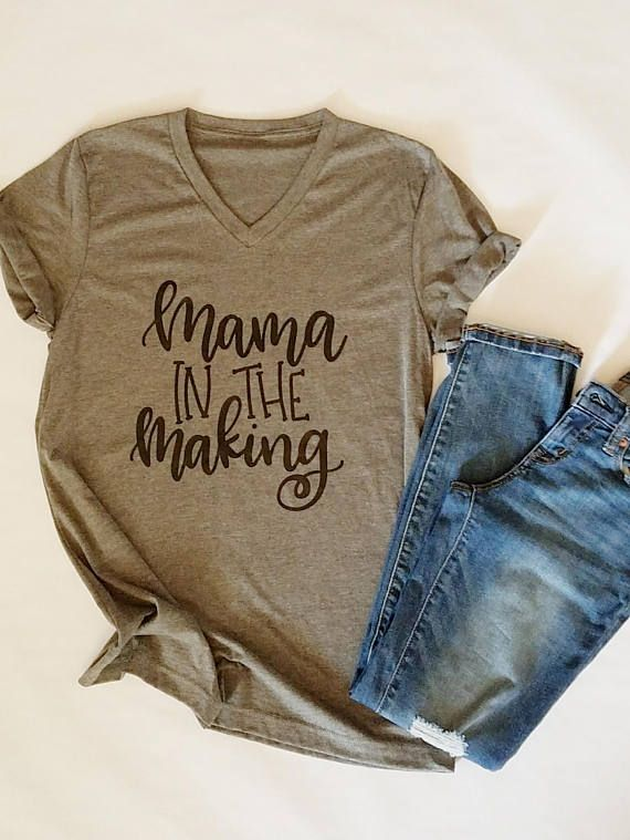 Mom in the making. Mom be. Mom's life. Mom's shirt. Pregnancy announcement. P …   – Crafts