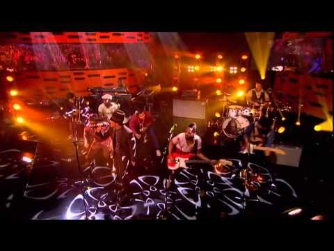 Bruno Mars - Locked Out of Heaven [The Graham Norton Show BBC TV UK] 07-12-12  (720p HD)