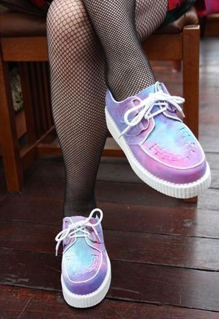 8 Bit Future. #trend #creepers #holographic #mesh
