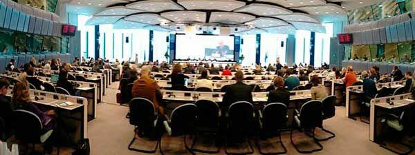 Europa debe abandonar los recortes y apostar por más inversiones y mejor empleo http://www.ugt.es/SitePages/NoticiaDetalle.aspx?idElemento=958