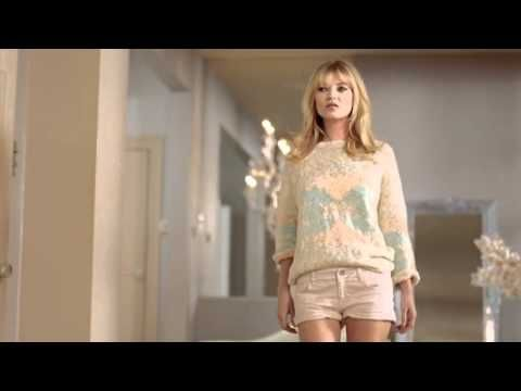 TV commercial starring top model Kate Moss and MANGO's Spring 2012 collection. The commercial is directed by prestigious photographer Terry Richardson.
