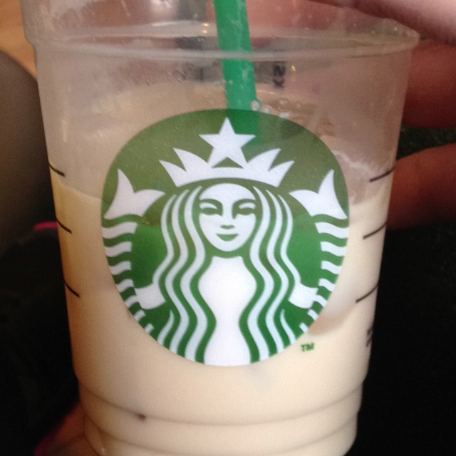 Iced vanilla latte :) This is so good