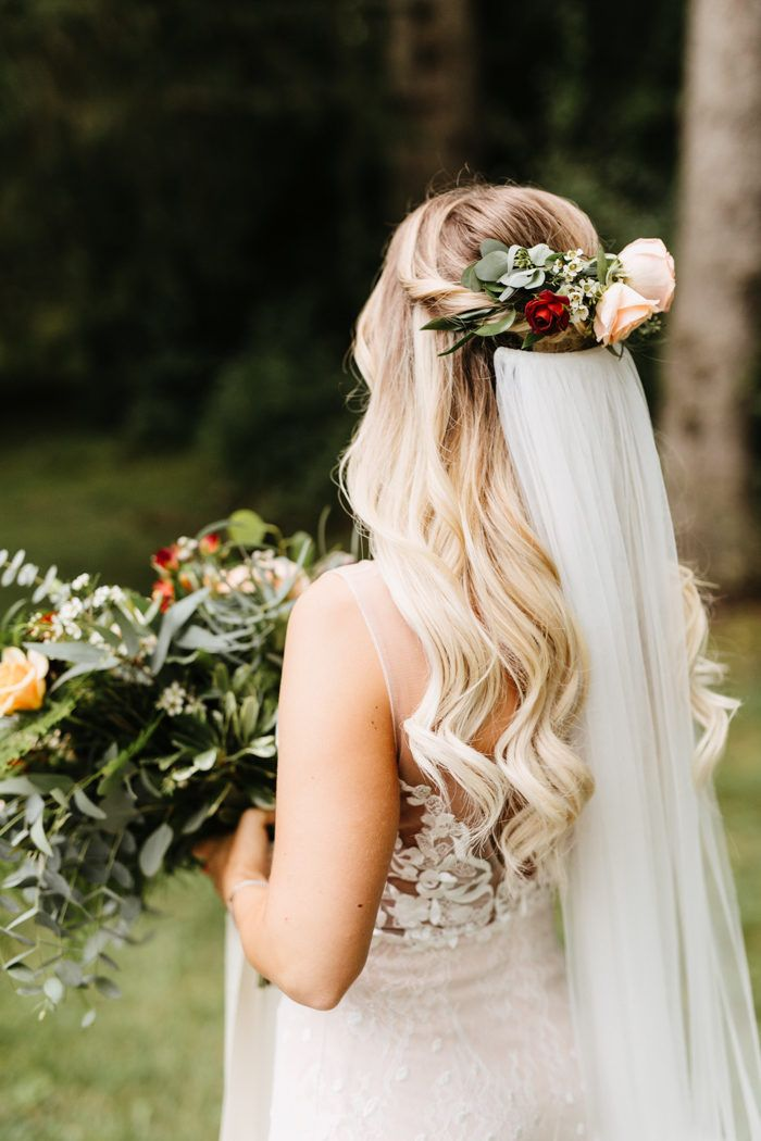 Rustic New Jersey Garden Wedding At Crossed Keys Estate Junebug Weddings In 2020 Bride Hairstyles Wedding Hairstyles Hair Styles