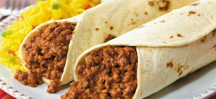 Burrito relleno de carne picada.
