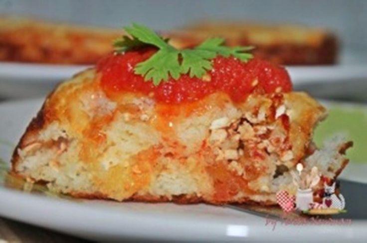 Torta Salgada com sobras de arroz com ricota e tomate seco