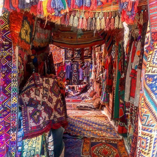 By @mycappadociatrip on Instagram ☆2017/07/02 05:21:22 ☆Göreme ☆ギョレメにある絨毯の館🤗#turkey #cappadocia #trip #travel #lifewelltravelled #lifeisbeautiful #amazingview #amazing #beautiful #carpet #kilim #kilimrug #vintage #vintagerug #instagood #instagram #oldcarpet #トルコ#カッパドキア#海外生活 #海外旅行 #海外 #海外インテリアに憧れる #キリム#絨毯#トルコ絨毯#写真撮ってる人と繋がりたい