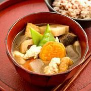 Buddhist Soup Kenchin-jiru  This traditional clear soup is packed with healthy ingredients, such as root vegetables and tofu.