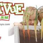 """育てた野菜を収穫するときの喜びは大きいと思いますが、それが育つ""""過程""""にフォーカスしたことはありますか?といっても、土の中の様子は見たくてもみれませんよね。そんな欲求に答えてくれる栽培キットを今回は紹介します。特に、子供がいる家庭は注目。夏休みの自由研究にもよさそうなグッズです!"""