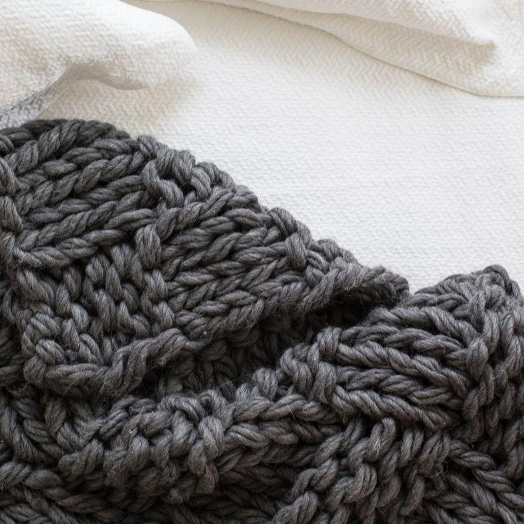 Arm Knit Chunky Basket Weave Blanket Kit