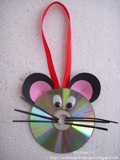 CD Mouse Craft - we have leftover cd's in the fish stuff