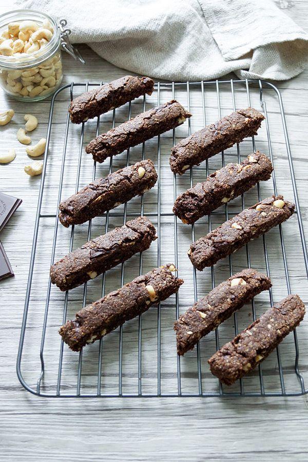 Vegane Schoko-Biscotti mit Cashewnüssen, gesunde Rezept ohne Weizenmehl
