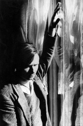 post scriptum : randaroyce:   Christopher Isherwood, photographed...