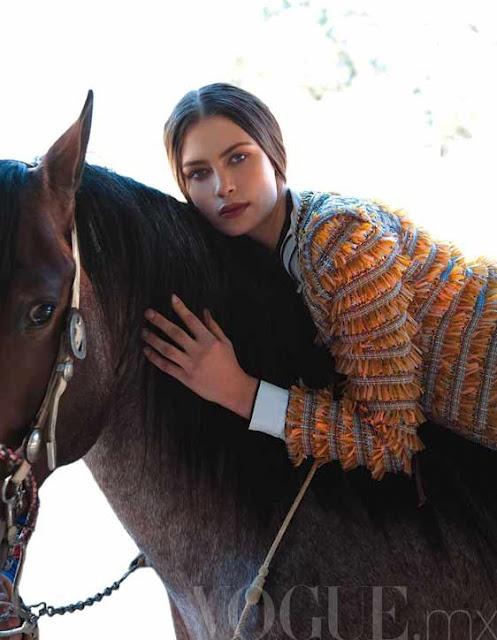 romanian  model Elena Baguci