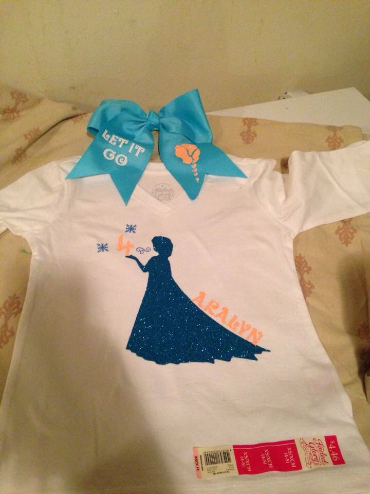 Frozen birthday shirt and bow