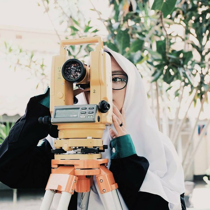 Nice pic of @alfianaisnaini at work!  Jika.. rasa bahagia dirasakan berdua lantas mengapa menahan rasa sakit itu sendirian . . #surveyor #surveying #surveylife #civilengineering #civilsurvey #civilengineers #mapping #GIS #autocad #topo #topography #engineering #civilengineer #civil #construction #geo #construccion #construcao #civilwork #construcaocivil #topografia #landsurvey #landsurveyor #surveyengineering #geodetic #engenhariacivil #ingenierocivil #geodesy #realsurveyors #totalstation