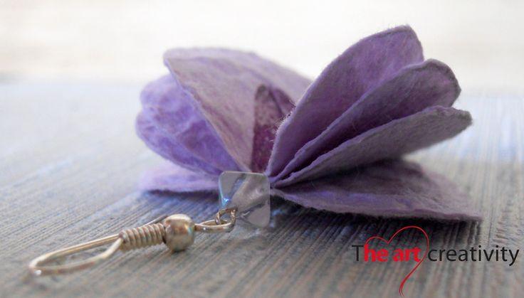 Orecchini composti da perle di carta dipinte. #paper #orecchini #handmade