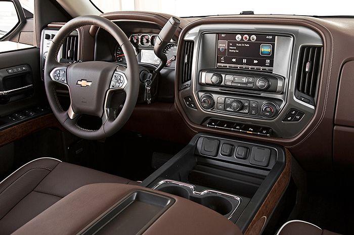 2018 Chevy Silverado 1500 Interior Design: I love the chocolate!