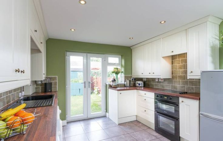 j pull kitchen in gloss white kitchen wren kitchen open plan kitchen living room handleless on j kitchen id=48854