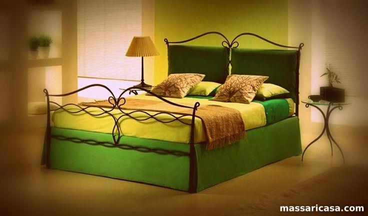 Oltre 25 fantastiche idee su camere da letto verde su - Letto all americana ...