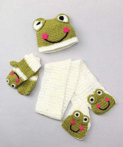 Amazon.com: KewlWool Frog Crochet Animal Hat with Matching Scarf and Mittens (SET): Everything Else