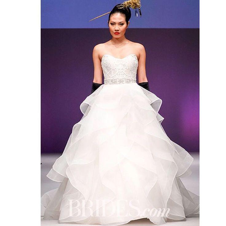 37 best NOVIAS FALDAS CON OLANES images on Pinterest | Bridal ...