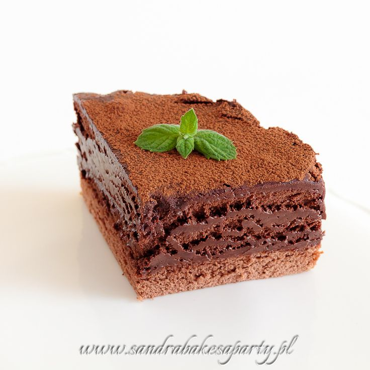 Great chocolate mousse on a Genoese sponge cake
