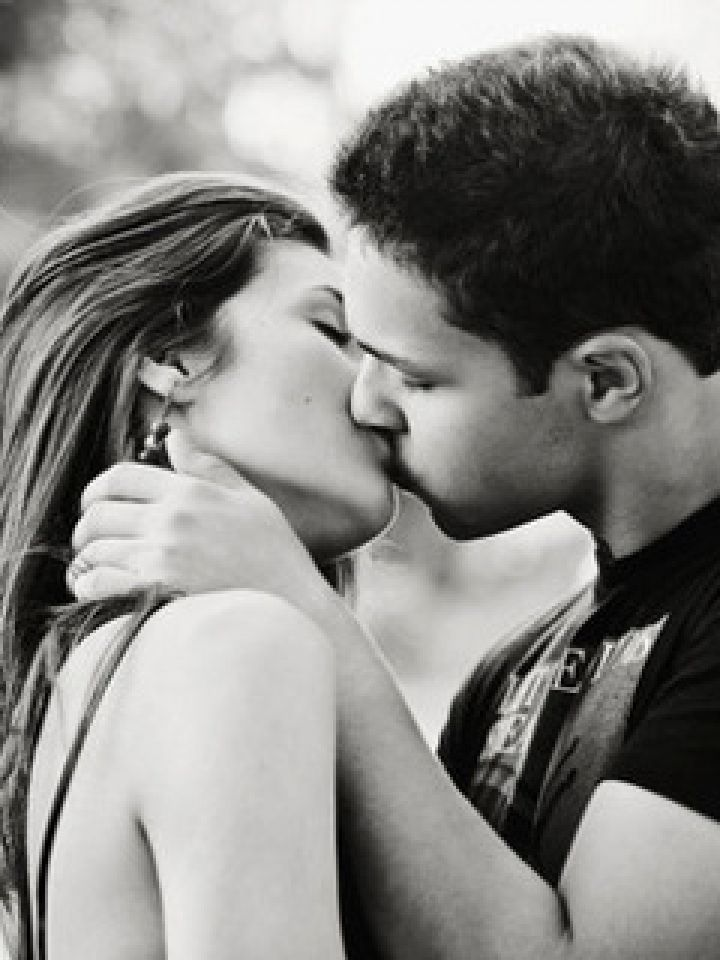 Kissing Wallpapers for Mobile \u2013 Free wallpaper download