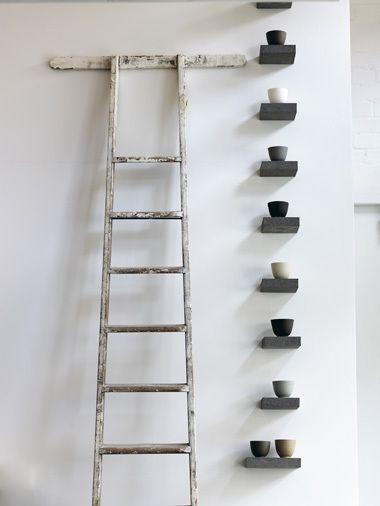 ...: Bathroom Design, Color Palettes, Floating Shelves, Old Ladder, Small Shelves, Collection Display, Interiors Design, Black White, Design Home