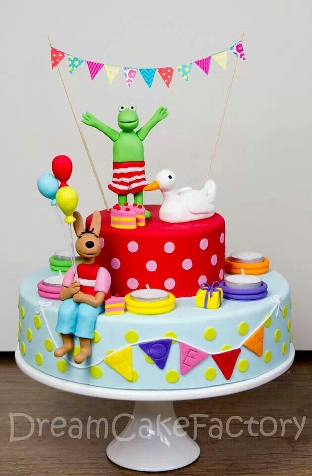 Frog and Friends Cake