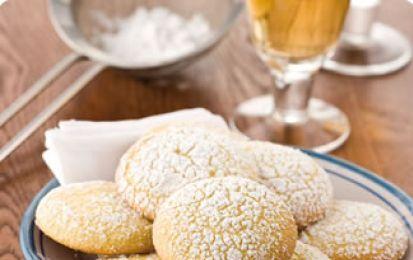 Pan meino - Ecco per voi la ricetta originale per preparare il pan meino o o pan de mej della cucina lombarda, ecco le istruzioni per fare in casa questi biscotti.